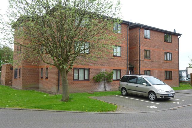 Thumbnail Flat for sale in Wetherby Close, Jesmond Court, Chester