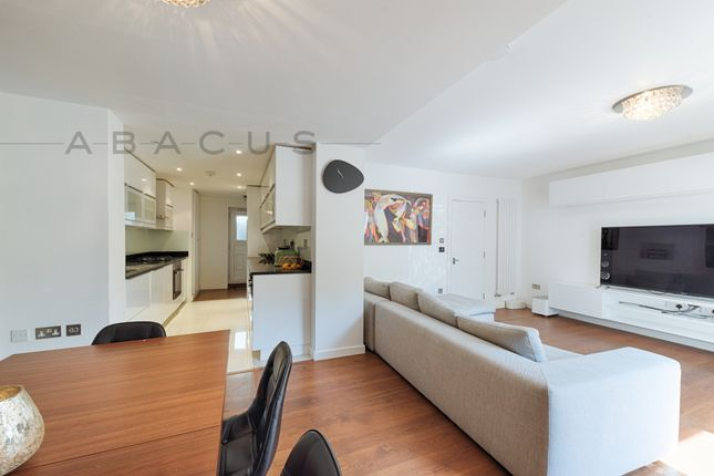 Thumbnail Flat for sale in Belvedere Hall, The Avenue, Queens Park