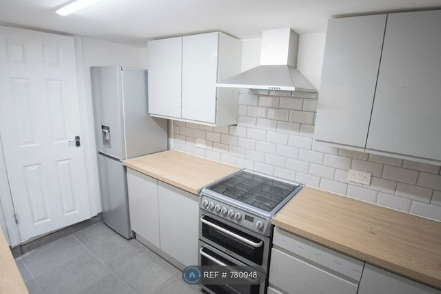 All Grey Kitchen of Stamford Road, London E6