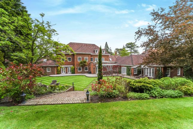 Thumbnail Detached house to rent in Queens Drive, Oxshott, Leatherhead