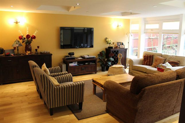 Detached house to rent in Carnweather Court, Tattenhoe, Milton Keynes