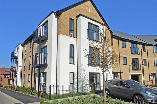Thumbnail Flat for sale in Wills Crescent, West Malling, Kent