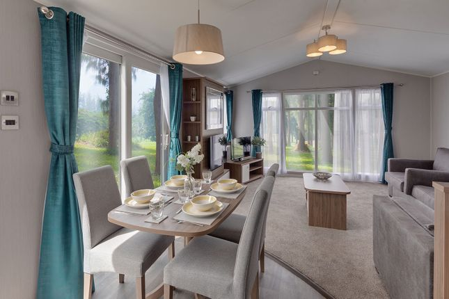 2 bed mobile/park home for sale in Clare Road, Ballycastle BT54
