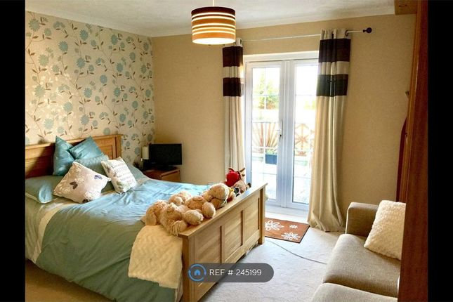 Thumbnail Room to rent in Hutton Hill, Weston Super Mare