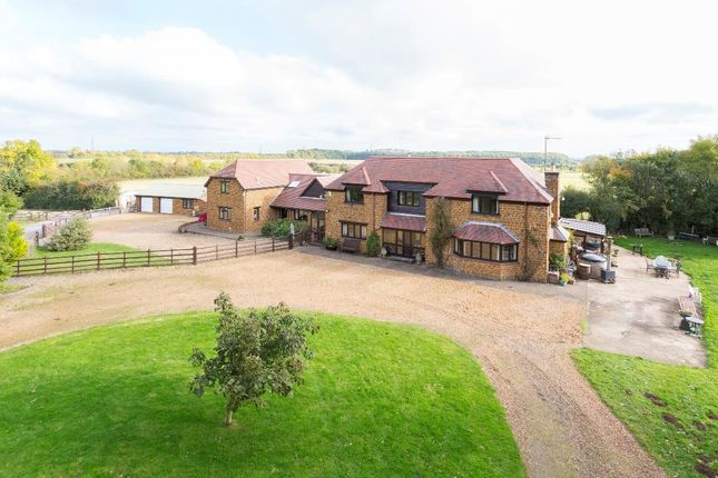 Thumbnail Farmhouse for sale in Old, Northampton