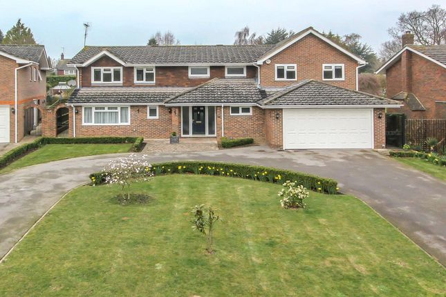 Thumbnail Detached house to rent in Penny Croft, Harpenden, Hertfordshire