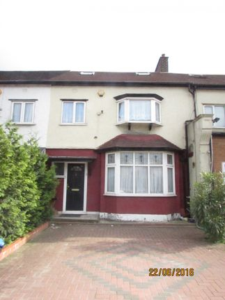 Thumbnail Terraced house to rent in Eastern Avenue, Ilford, Essex