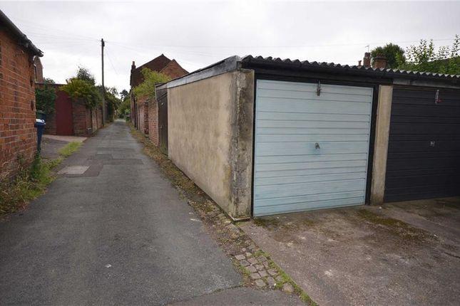Parking/garage for sale in Granville Terrace, Stone