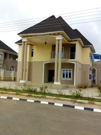 6 Bedroom Detached Duplex Without Swimming Pool Or Bq, Airport Road Abuja, Nigeria