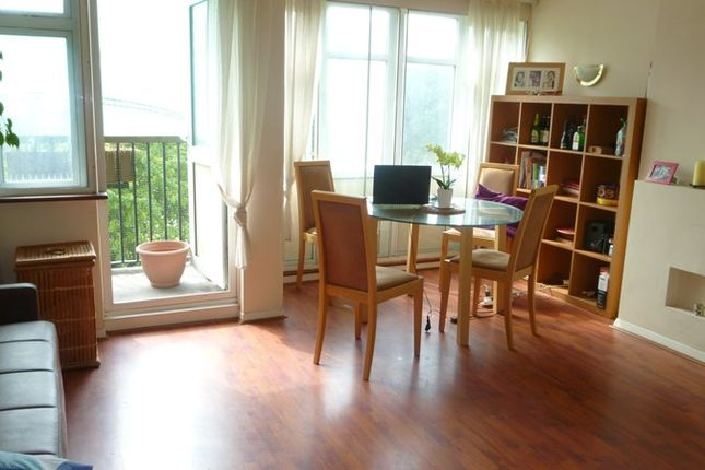 Thumbnail Maisonette to rent in Pennyfields, London