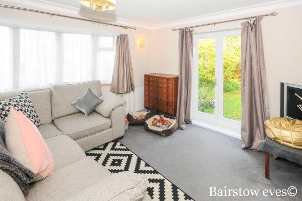 2 bed detached bungalow to rent in Ridgeway Avenue, Barnet