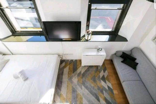 Studio Apartment of George Street, Manchester City Centre M1