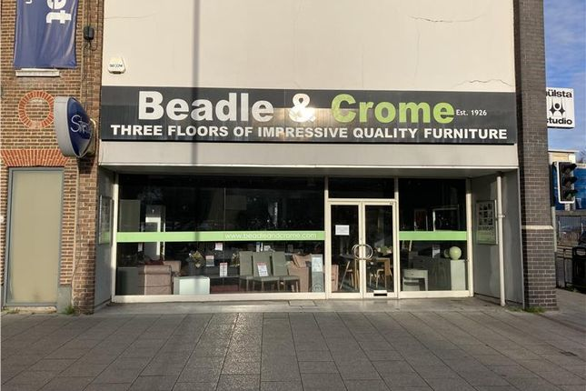 Thumbnail Retail premises for sale in 32-33 Oxford Road, High Wycombe, Buckinghamshire