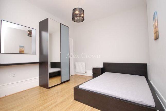 Thumbnail Terraced house to rent in Falkland Road, London