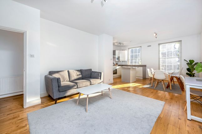 Thumbnail Terraced house to rent in Islington Green, London