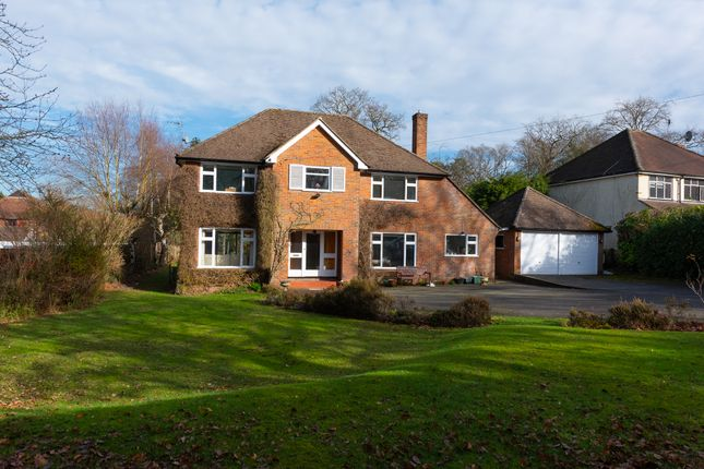 Thumbnail Detached house to rent in Brackendale Close, Frimley, Camberley