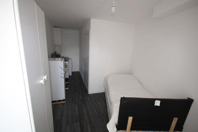 Thumbnail Studio to rent in Malvern Terrace, London