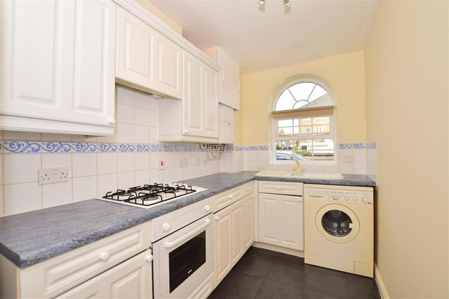 Thumbnail Flat for sale in Frobisher Way, Greenhithe Village, Greenhithe, Kent