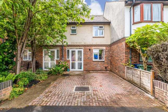 Thumbnail Terraced house for sale in Paradise Square, Oxford