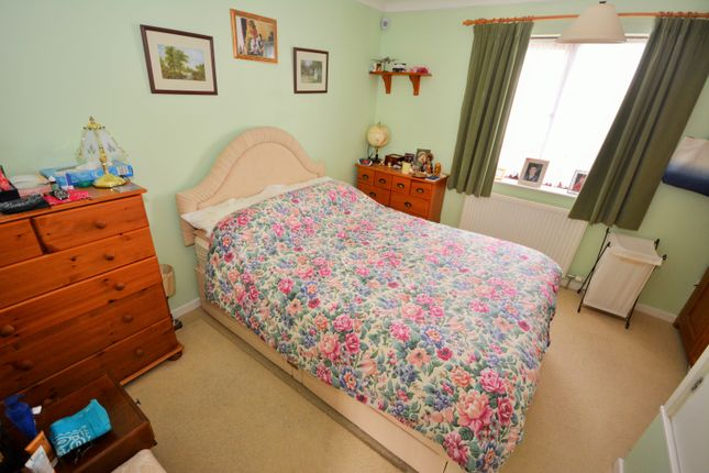 Bedroom of Sunnyfields, Oulton Broad South, Lowestoft, Suffolk NR33
