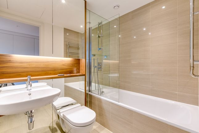 Bathroom of London SW18