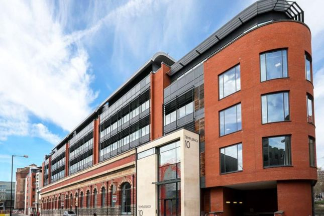 Office to let in Queen Quay, Welsh Back, Bristol