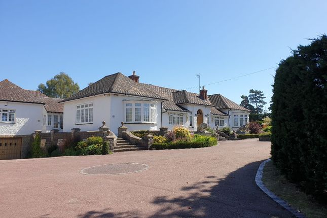 4 bed detached house to rent in Chestnuts, Ashford Road, Hollingbourne, Maidstone ME17