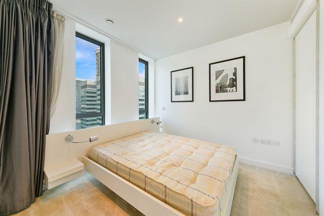 Bedroom of East Tower, Pan Peninsula, Canary Wharf E14