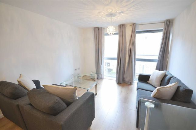 Thumbnail Flat to rent in Pioneer House, Salford Quays, Salford