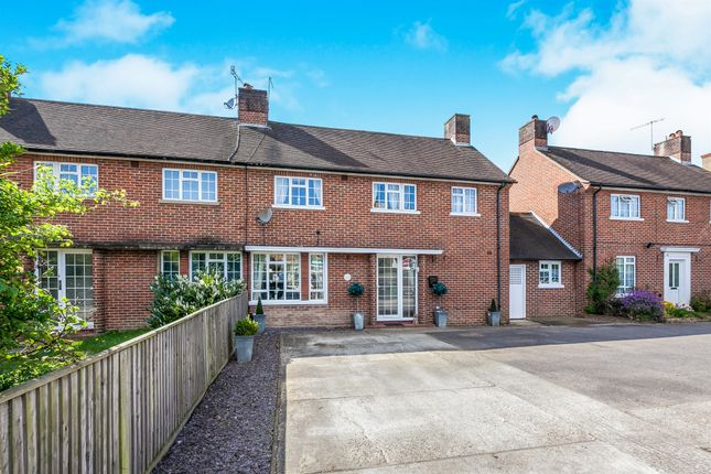 Thumbnail Semi-detached house for sale in London Road, Redhill