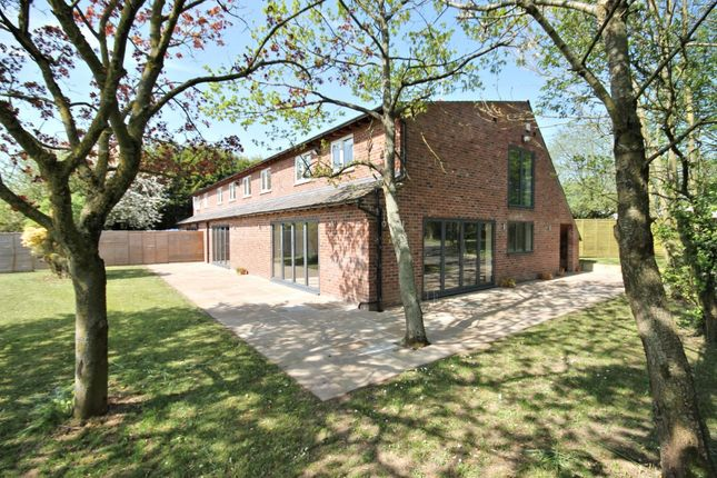 Thumbnail Barn conversion to rent in Woodend Lane, Mobberley, Knutsford