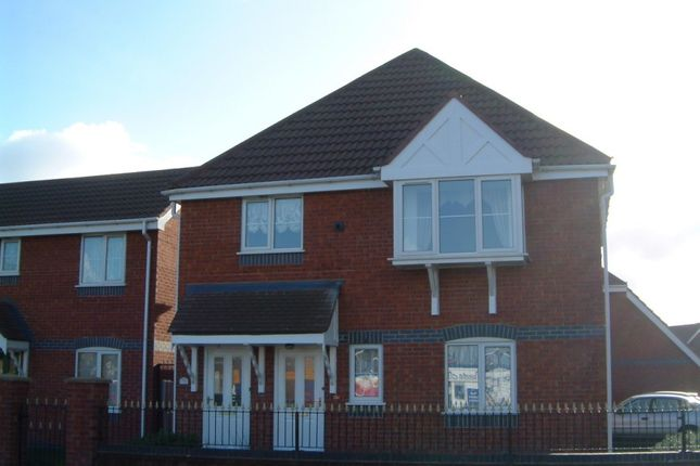 Thumbnail Flat to rent in Blackpool Road, Lea, Preston