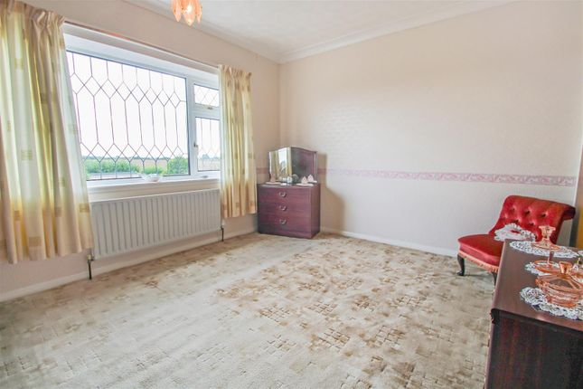 Bedroom 1 of Mere Dyke Road, Luddington, Scunthorpe DN17