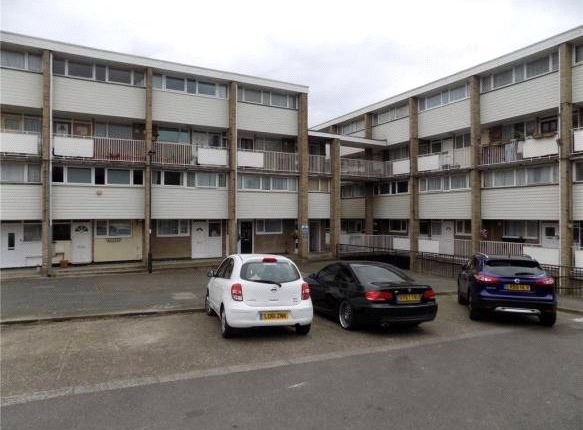 Thumbnail Flat for sale in Blossom Lane, Enfield