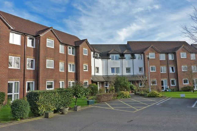 2 bed flat for sale in Southdown Court, Bellbanks Road, Hailsham BN27