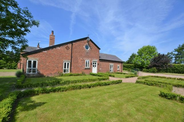 Thumbnail Detached house for sale in Sumners Barn, Moss Road, Leyland