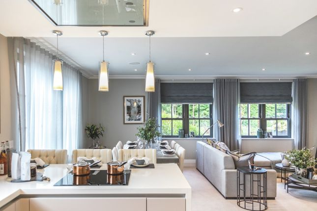 Thumbnail Flat for sale in Mill Lane, Taplow