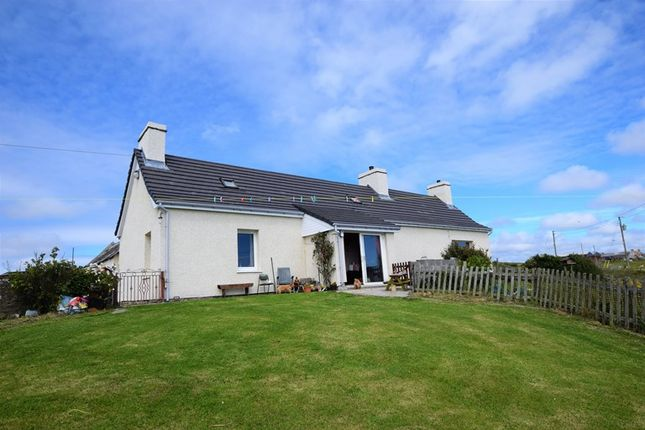 Thumbnail Cottage for sale in Braeside + 30 Acres, Mid-Clyth