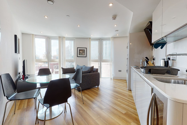Thumbnail Flat to rent in Altitude Point, Alie Street, London, London