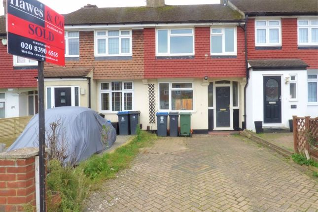 Thumbnail Property to rent in Knollmead, Tolworth, Surbiton