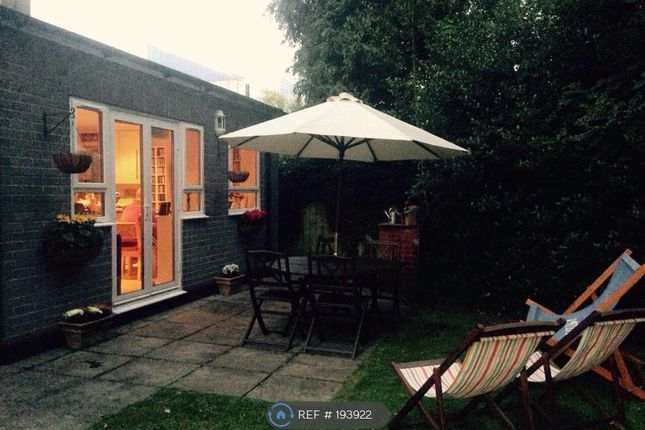 Thumbnail Flat to rent in Grosvenor Road, St Albans