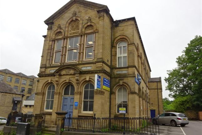 1 bed block of flats to rent in Admiral House, Blakeridge Lane, Batley, West Yorkshire WF17