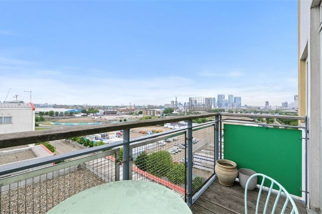 Thumbnail Flat to rent in Holly Court, John Harrison Way, London
