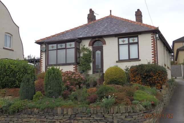 Thumbnail Bungalow to rent in Wakefield Road, Denby Dale, Huddersfield