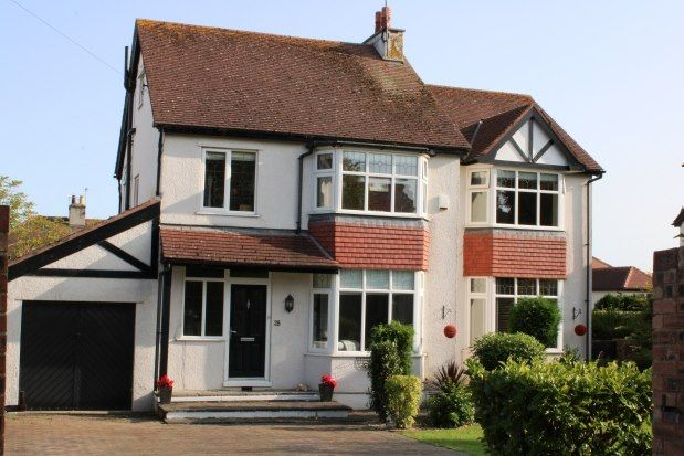 Thumbnail Detached house to rent in Albert Drive, Conwy