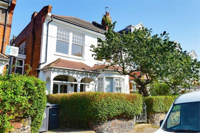 Thumbnail Terraced house for sale in Elms Avenue, Muswell Hill, London