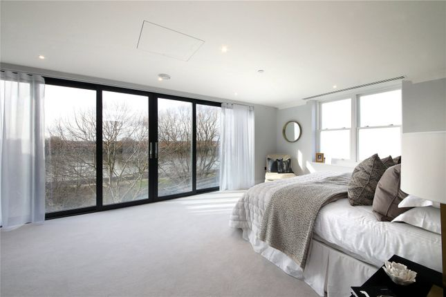 Thumbnail Terraced house for sale in Bishops Row, 147 Stevenage Road, Fulham, London