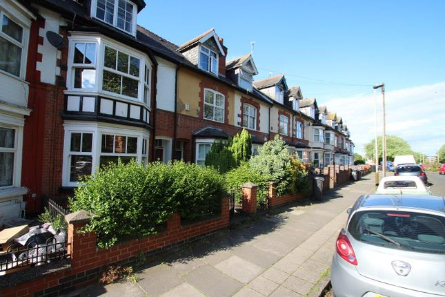 Thumbnail 5 bed terraced house for sale in Kirby Road, Leicester