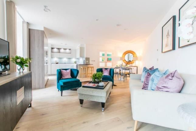 Thumbnail Flat for sale in Lower Street, Stansted