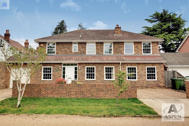 Thumbnail Detached house for sale in Elmsway, Ashford